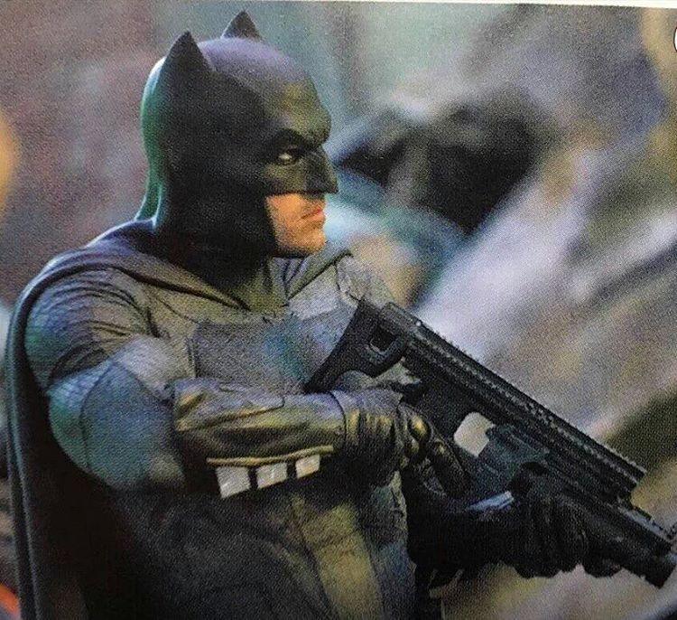 Batman Arkham Knight Batcave: Batmanowe Kaski Dla Motocyklistów