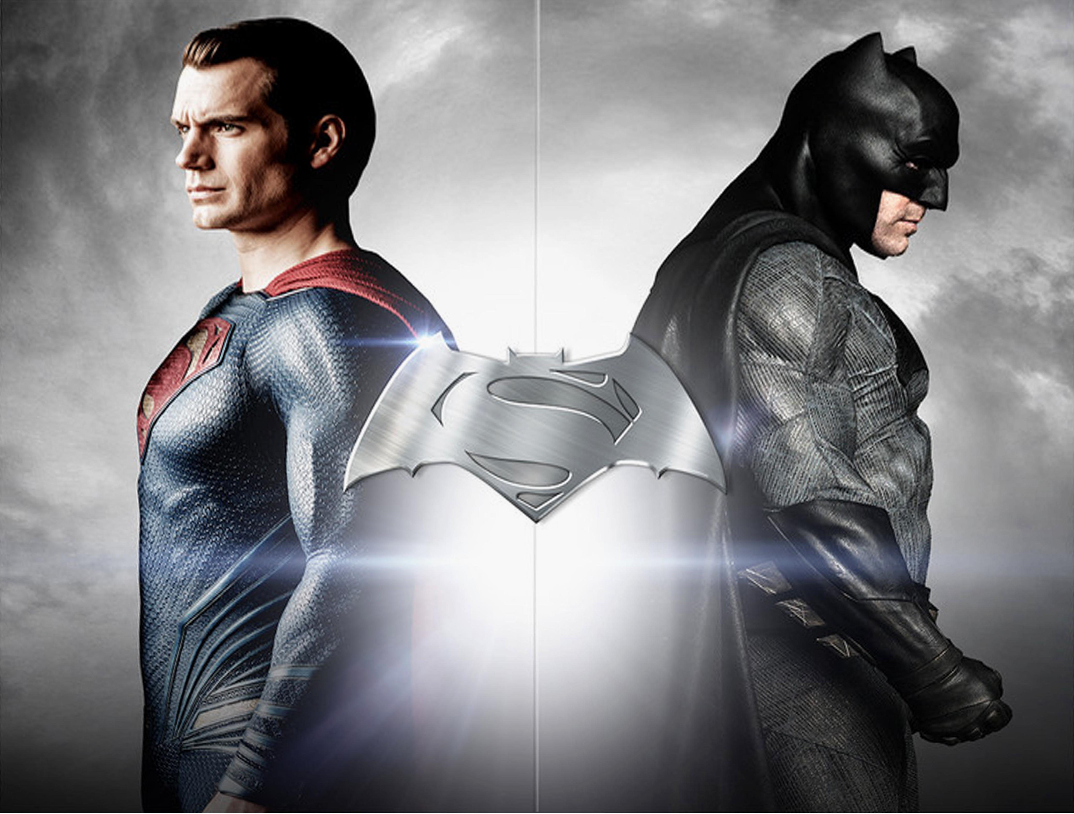 batman vs superman compare Batman much like superman had two brilliant movies to start his classic series, batman and batman returns followed by two less than stellar sequels, batman forever and batman and robin, the latter of which is regarded as one of the worst movies ever made, funnily enough so is superman iv.