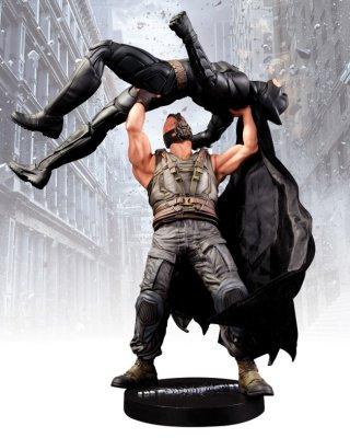 Statuetka Bane vs Batman
