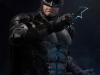 infinity-studio-justice-league-tactical-suit-batman-bust-01