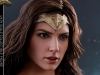 hot-toys-jl-wonder-woman-002