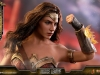 hot-toys-jl-wonder-woman-008