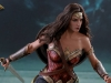 hot-toys-jl-wonder-woman-009