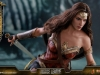 hot-toys-jl-wonder-woman-011