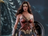 hot-toys-jl-wonder-woman-deluxe-005