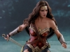 hot-toys-jl-wonder-woman-deluxe-014
