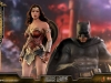 hot-toys-jl-wonder-woman-deluxe-017