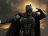 hot-toys-justice-league-tactical-suit-batman-012