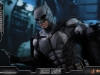 hot-toys-justice-league-tactical-suit-batman-019