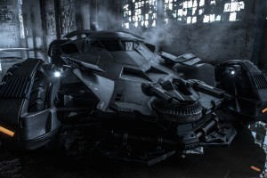 "Batmobile z ""Batman v Superman: Dawn of Justice"""