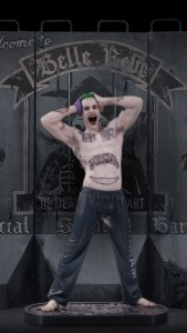 635890571751689241-SS-The-Joker-Statue-1