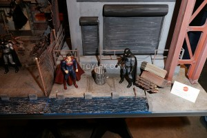 TF-2016-Mattel-Batman-v-Superman-001