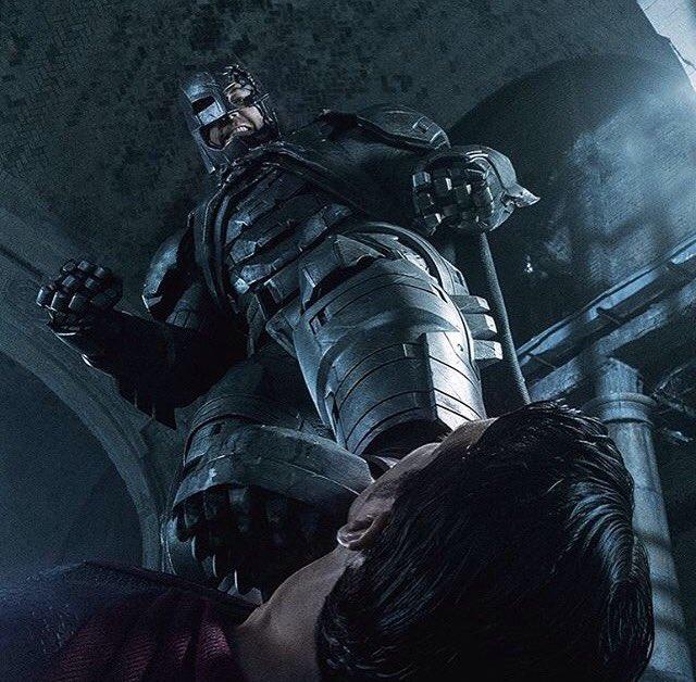 "Zack Snyder zdradza sekrety ""Batman v Superman: Dawn of Justice"""