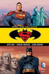 """""""Superman/Batman: Władza absolutna"""""""