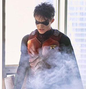 """Jason Todd na zdjęciach z nowego odcinka """"Titans"""""""