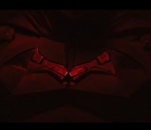 """""""The Batman"""": pierwsze spojrzenie na kostium Batmana"""