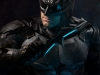 infinity-studio-justice-league-tactical-suit-batman-bust-07