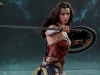 hot-toys-jl-wonder-woman-006