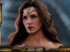 hot-toys-jl-wonder-woman-deluxe-003