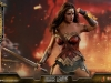 hot-toys-jl-wonder-woman-deluxe-007