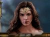 hot-toys-jl-wonder-woman-deluxe-025