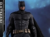 hot-toys-justice-league-batman-collectible-figure-deluxe_pr5