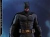 hot-toys-justice-league-batman-collectible-figure-deluxe_pr7