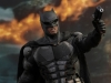 hot-toys-justice-league-tactical-suit-batman-009
