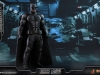 hot-toys-justice-league-tactical-suit-batman-022