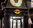 "Batshop w ""Batman Returns"""
